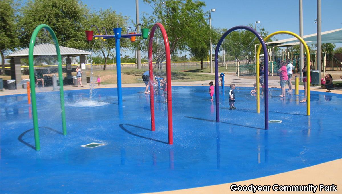 Splash pad city of goodyear for Splash pool show quebec